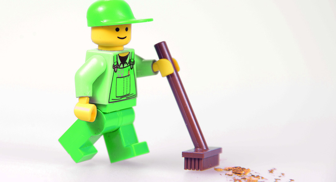 Lego to start producing plant-based plastic