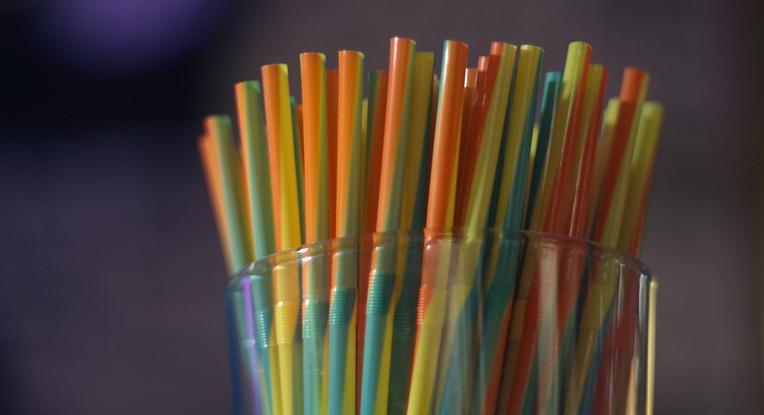 Europe to outlaw plastic drinking straws