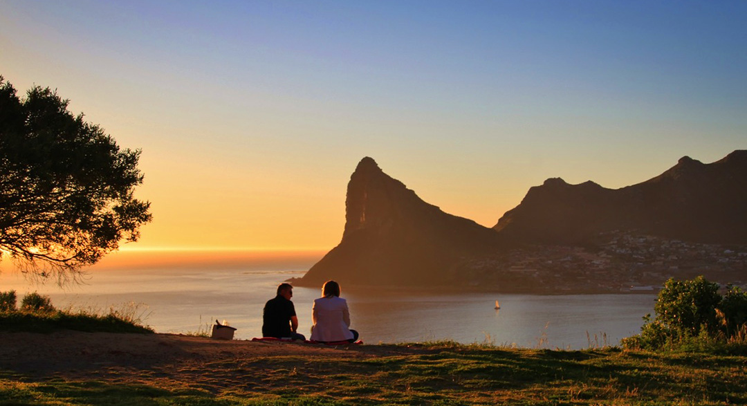 Scenic view of Hout Bay in Western Cape